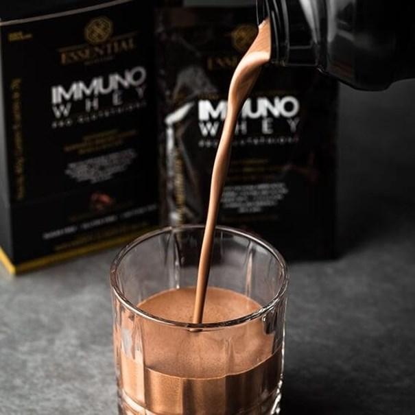 Imagem de Immuno Whey Sachê 31g Essential Nutrition chocolate